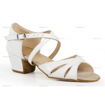 Рейтинговые туфли для бальных танцев «DanceMaster 314К» 3см