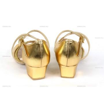 Рейтинговые туфли для бальных танцев «DanceMaster 1412K» 3см (Катя)