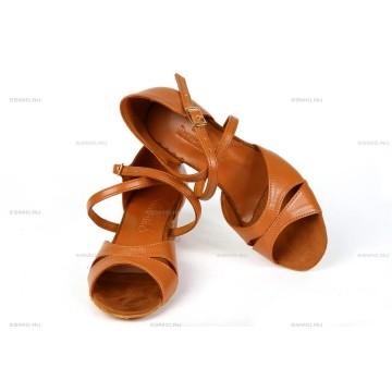 Рейтинговые туфли для бальных танцев «DanceMaster 315К» 3см (Катя)