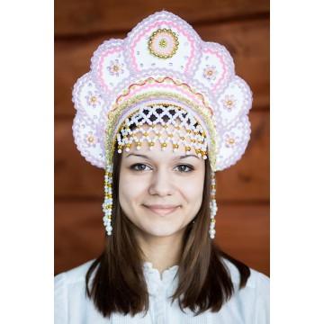 Кокошник «Елена» золотой для русских народных танцев
