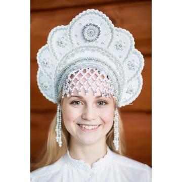 Кокошник «Елена» белый для русских народных танцев