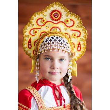 Кокошник «Лариса» золотой для русских народных танцев